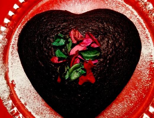 torta al cioccolato vegana rossa