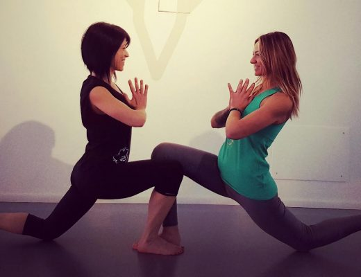 yogaessential-copertina