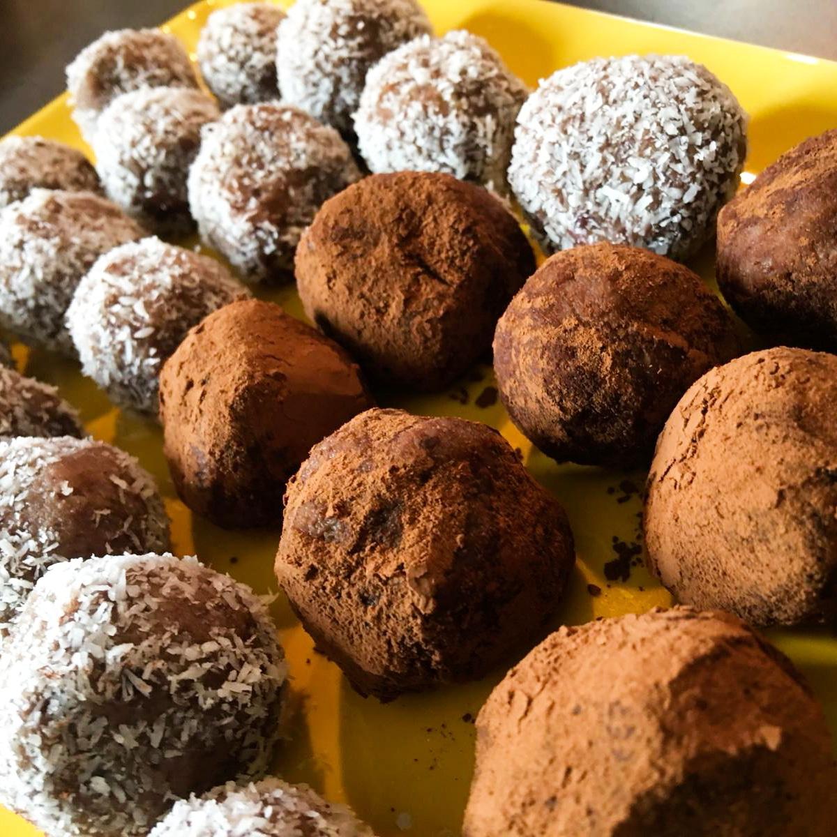 dolci crudi e senza forno tartufini di azuki